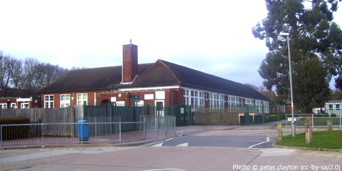Castle Hill Primary School, Chessington KT9