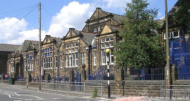 Morley Victoria Primary School, Leeds LS27