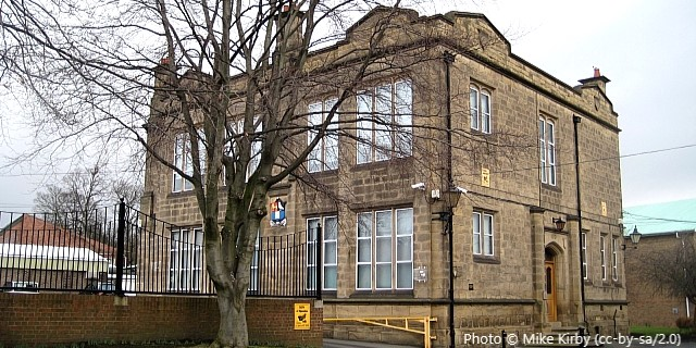Queen Elizabeth Grammar Junior School, Wakefield WF1