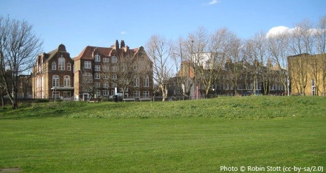 Surrey Square Primary School, London SE17