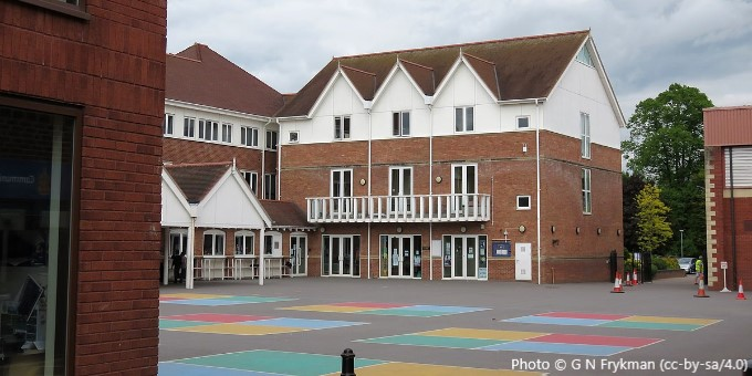 Warwick Junior School, CV34