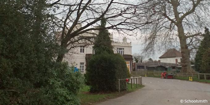 Oakfields Montessori School, Upminster RM14