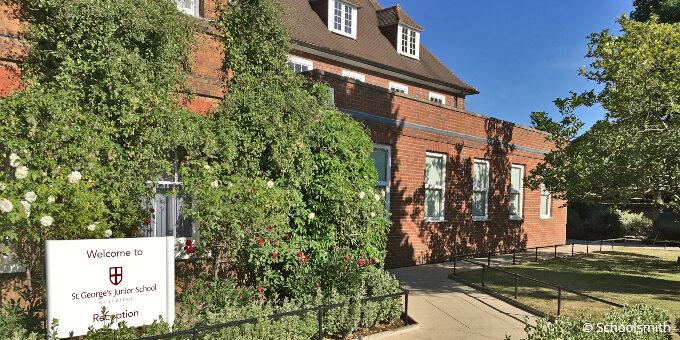 St George's Junior School, Weybridge KT13