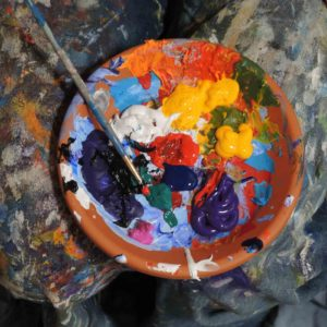 Image of a paint palette for the Home schooling post